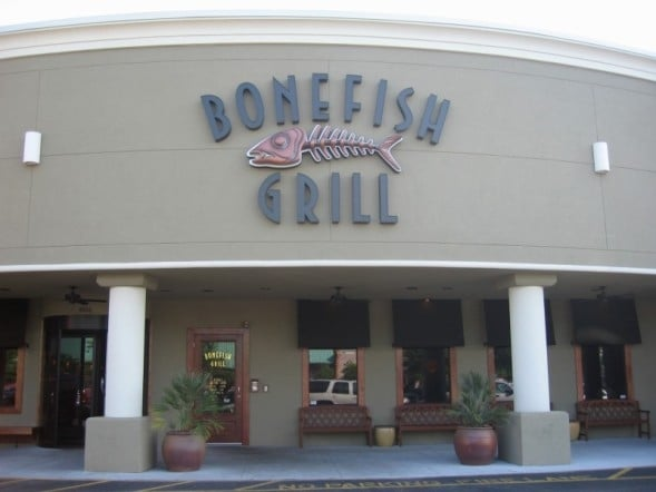 Dec 03,  · Bonefish Grill is located in a large shopping mall near I There is ample parking nearby. We visited the restaurant early Friday evening and were immediately seated.4/4().