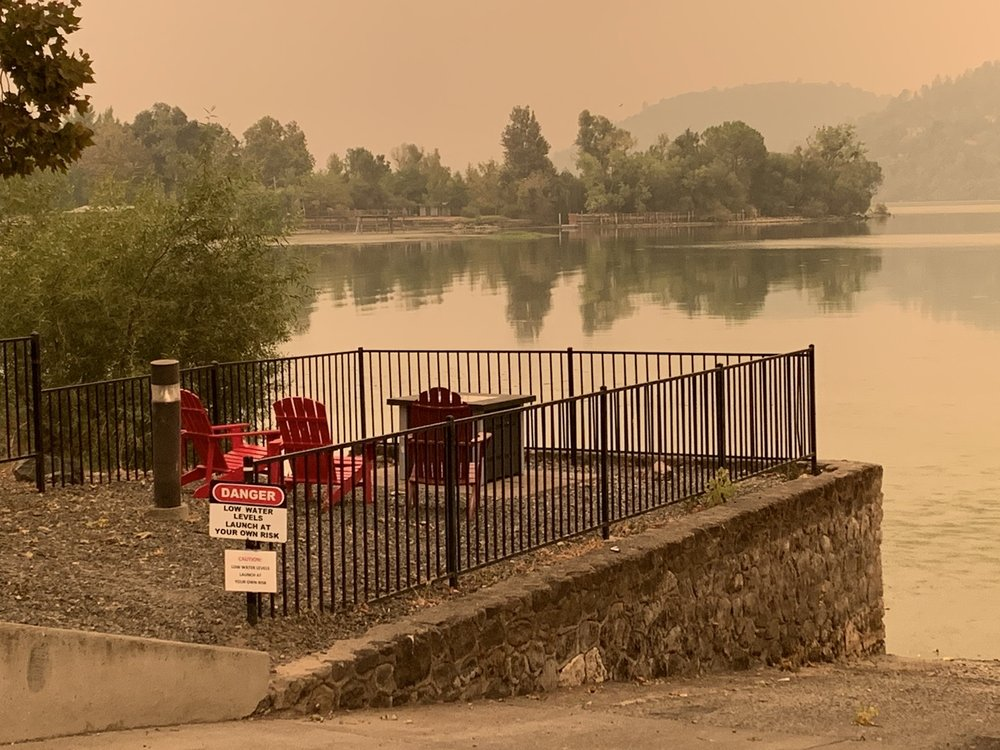 Clear Lake Cottages and Marina: 13885 Lakeshore Dr, Clearlake, CA