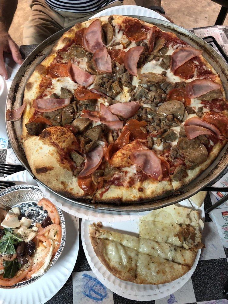 Teak & Charlie's Jersey Girl Pizza: 4007 John Ben Shepperd Pkwy, Odessa, TX