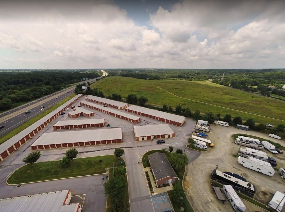 Storage Rentals of America: 950 Red Lion Rd, New Castle, DE