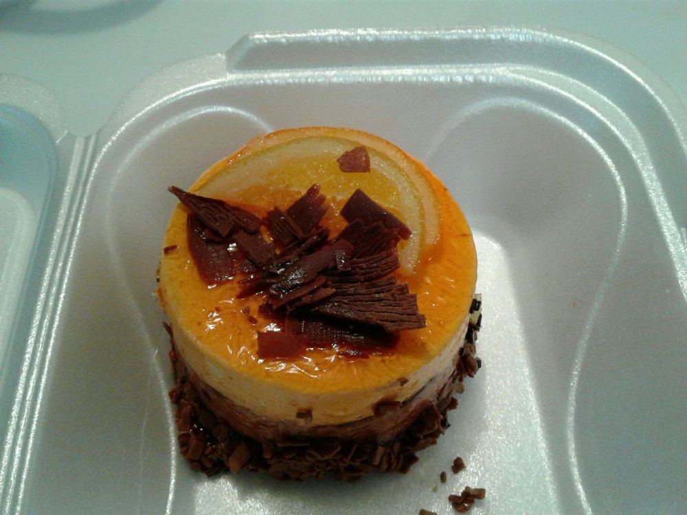 MG Bakery and Deli: 6620 4th St N, St. Petersburg, FL