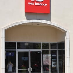 where can i buy new balance shoes in portland