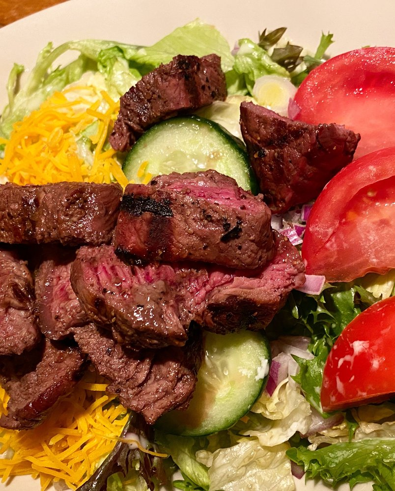 Sylvester's North End Grille: 4305 Portage St NW, North Canton, OH