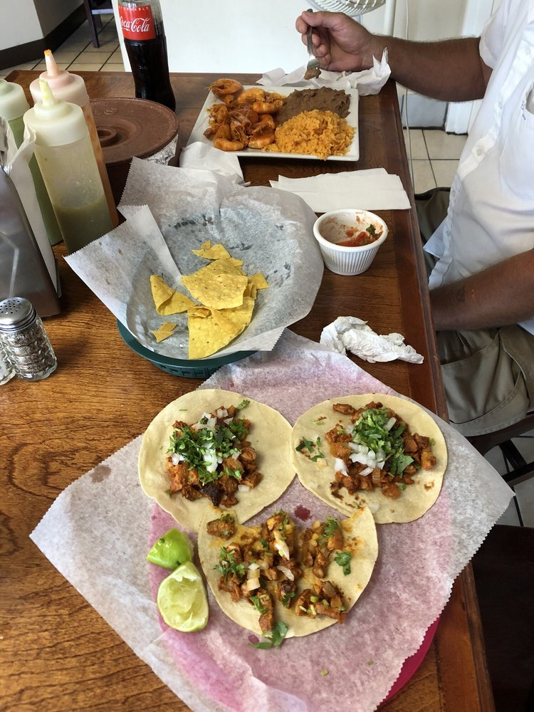 Food from Tacos Mexico