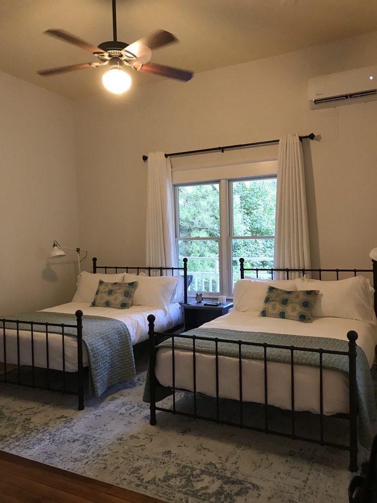 Abita Springs Hotel: 22088 Ann O'Brien Ln, Abita Springs, LA