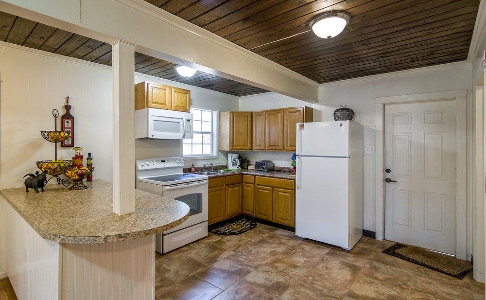 Tall Timbers Retreat & Lodge: 7245 Fm 1275, Nacogdoches, TX
