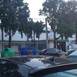 Centro deportivo rochelambert clubs de sport avenida for Piscinas imd sevilla