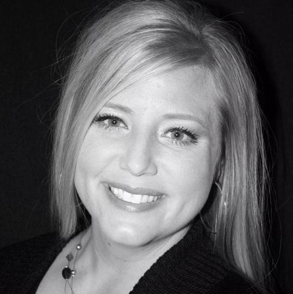 Jayme Goodrich-RE/MAX Real Estate Concepts: 608 8th St SW, Altoona, IA