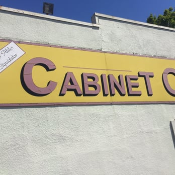 Cabinet Outlet Cabinetry SE Nd Ave FosterPowell - Portland cabinet outlet