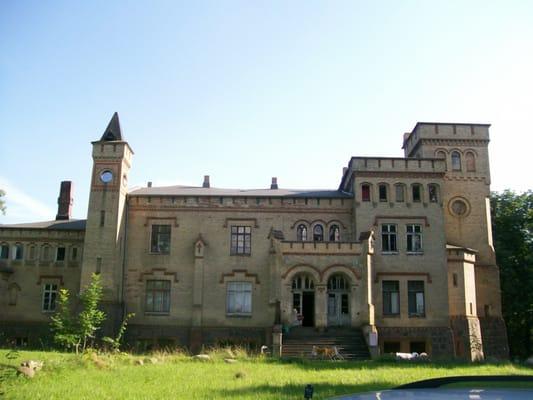 Schloß Marxhagen - Castles - Moltzow, Mecklenburg-Vorpommern, Germany ...