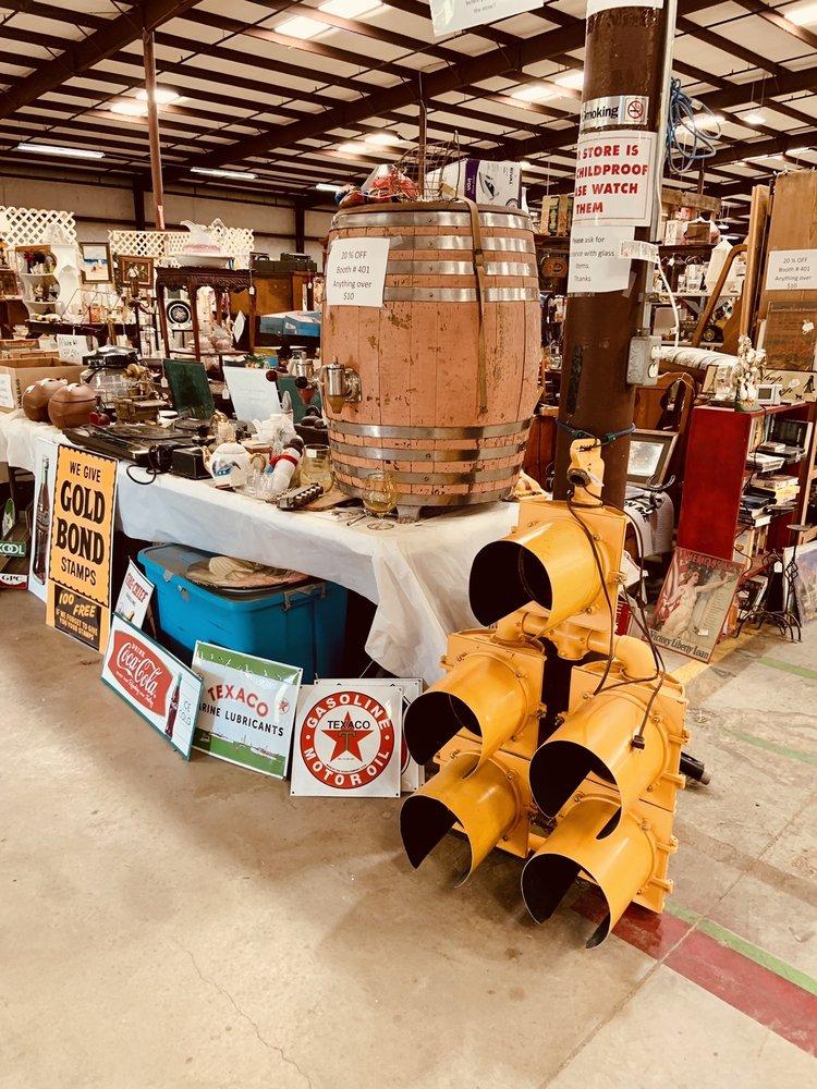 Hwy 15 Flea Market: 24342 Hwy 15, Union, MS