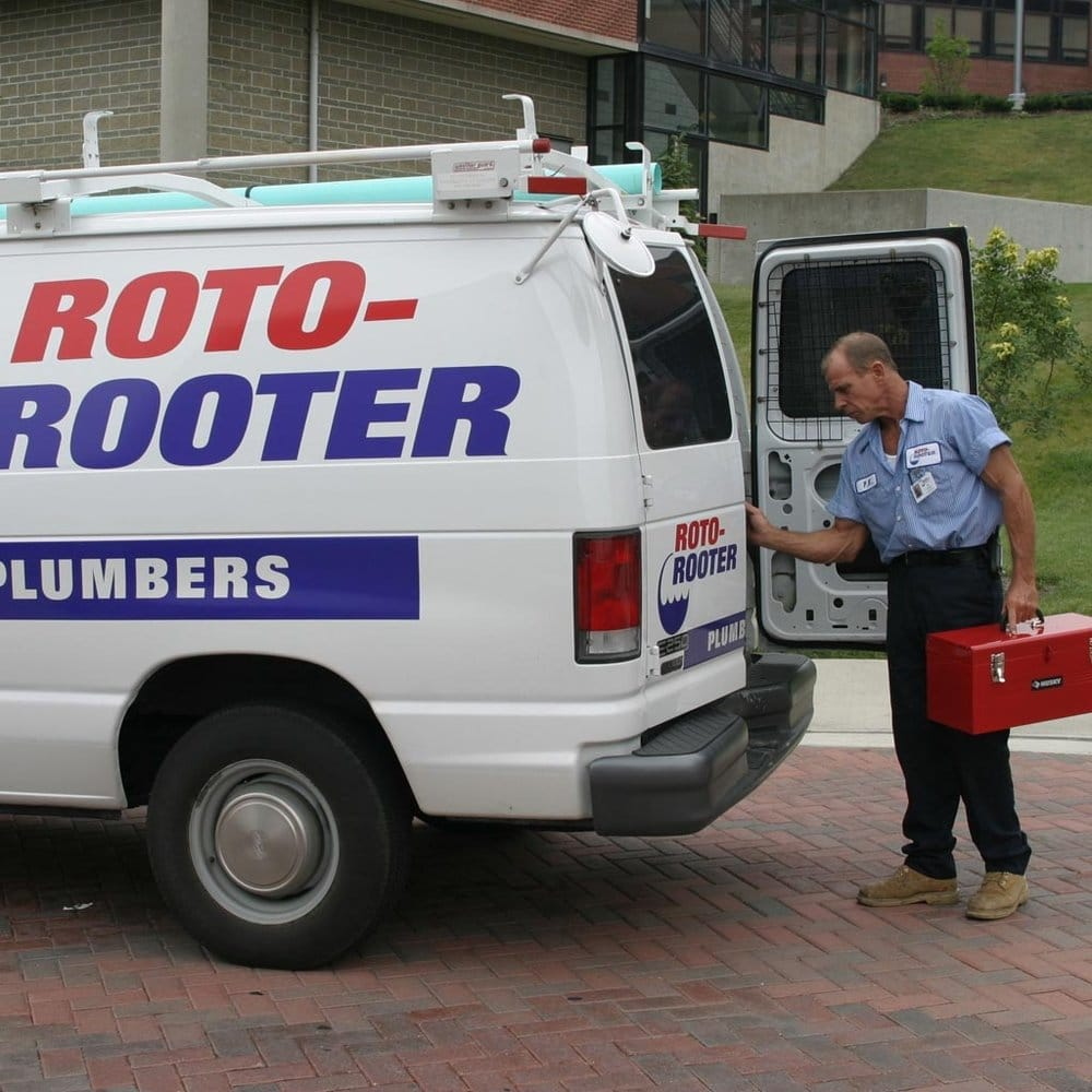 Roto-Rooter Plumbing & Drain Services: 2309 Nameoki Rd, Granite City, IL