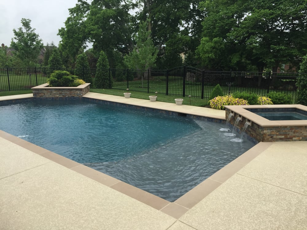 Custom Pool Spa And Planter With Jets Built In Brentwood