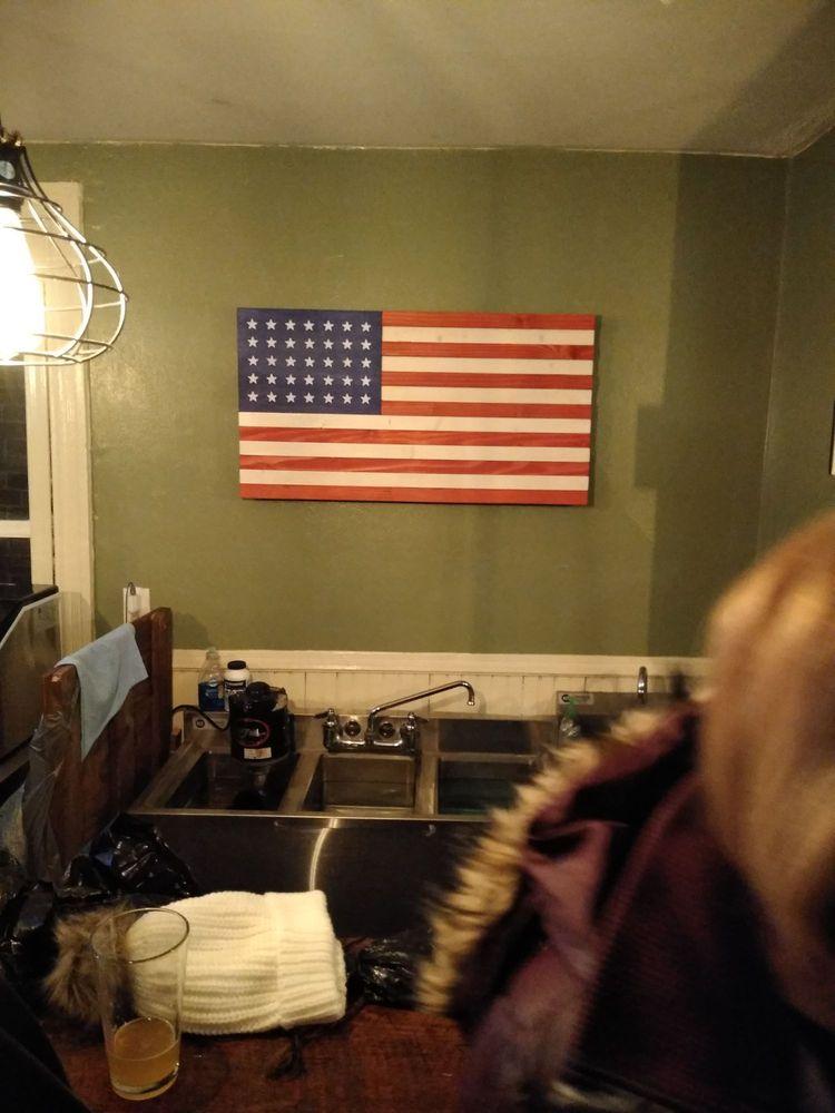 Tattered Flag Tap Room - Gettysburg: 45 Steinwehr Ave, Gettysburg, PA