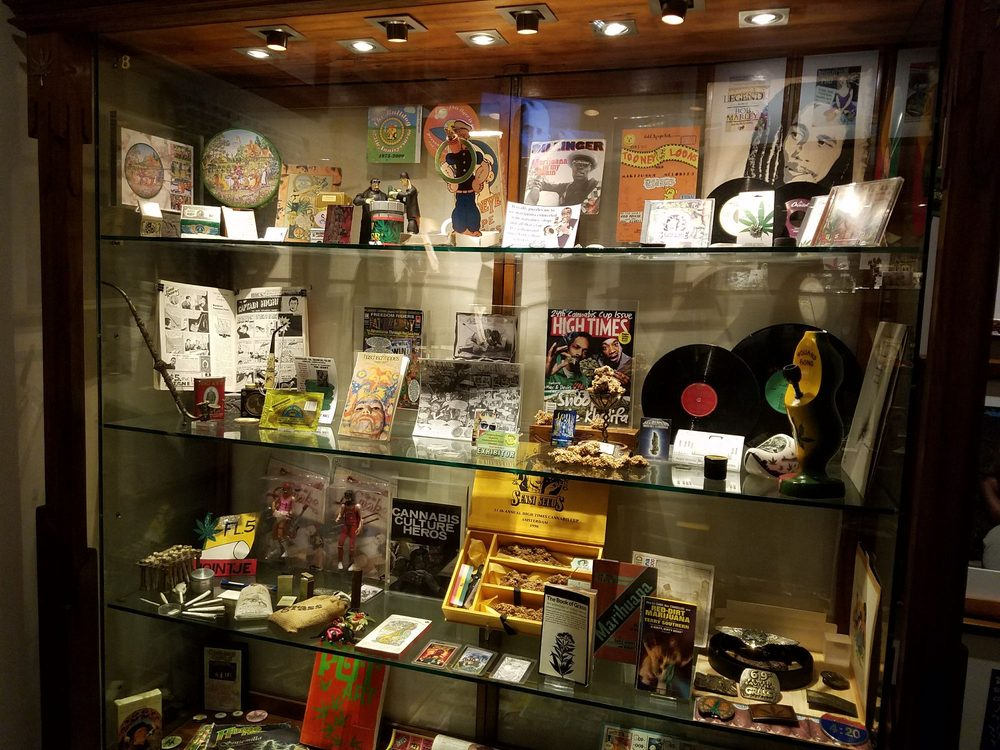 Hash, Marihuana & Hemp Museum: Oudezijds Achterburgwal 148, Amsterdam, NH