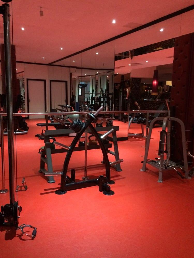 crunch fitness premier ferm 80 photos 10 avis salles de sport 5 aston quay temple. Black Bedroom Furniture Sets. Home Design Ideas