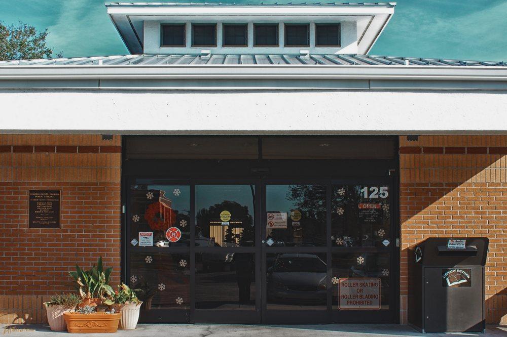 DeSoto County Library: 125 N Hillsborough Ave, Arcadia, FL