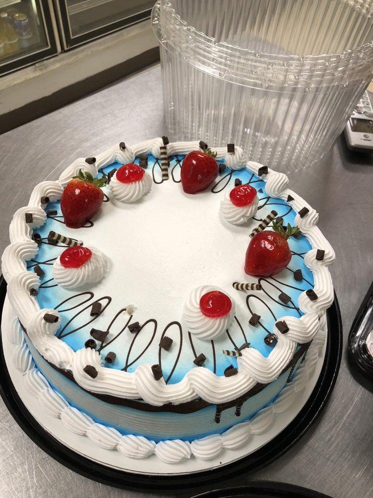 La Superior Bakery & Grocery Store: 2213 Carmack Blvd, Columbia, TN