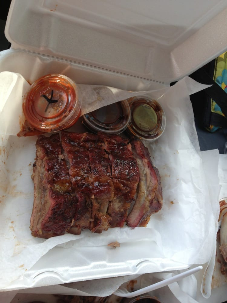 Alday's BBQ: 1135 S Beneva Rd, Sarasota, FL