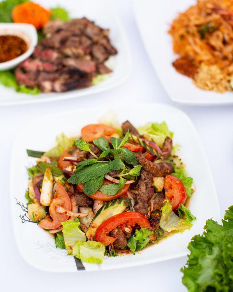 Thai Nakorn Restaurant