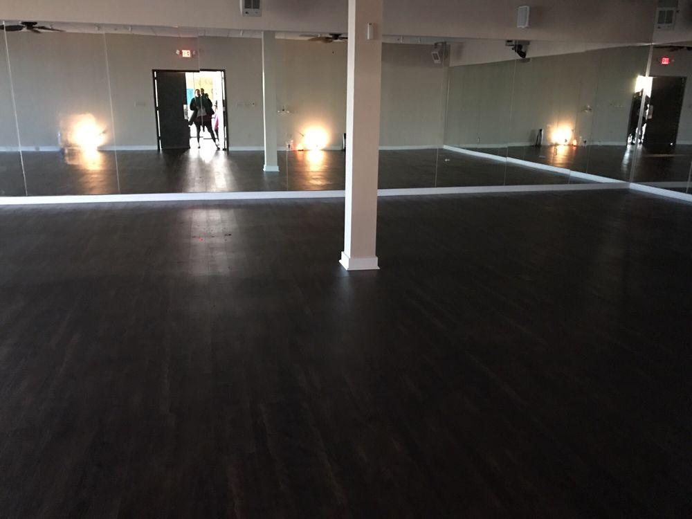 Sumits Yoga Memphis: 6645 E Poplar Ave, Germantown, TN