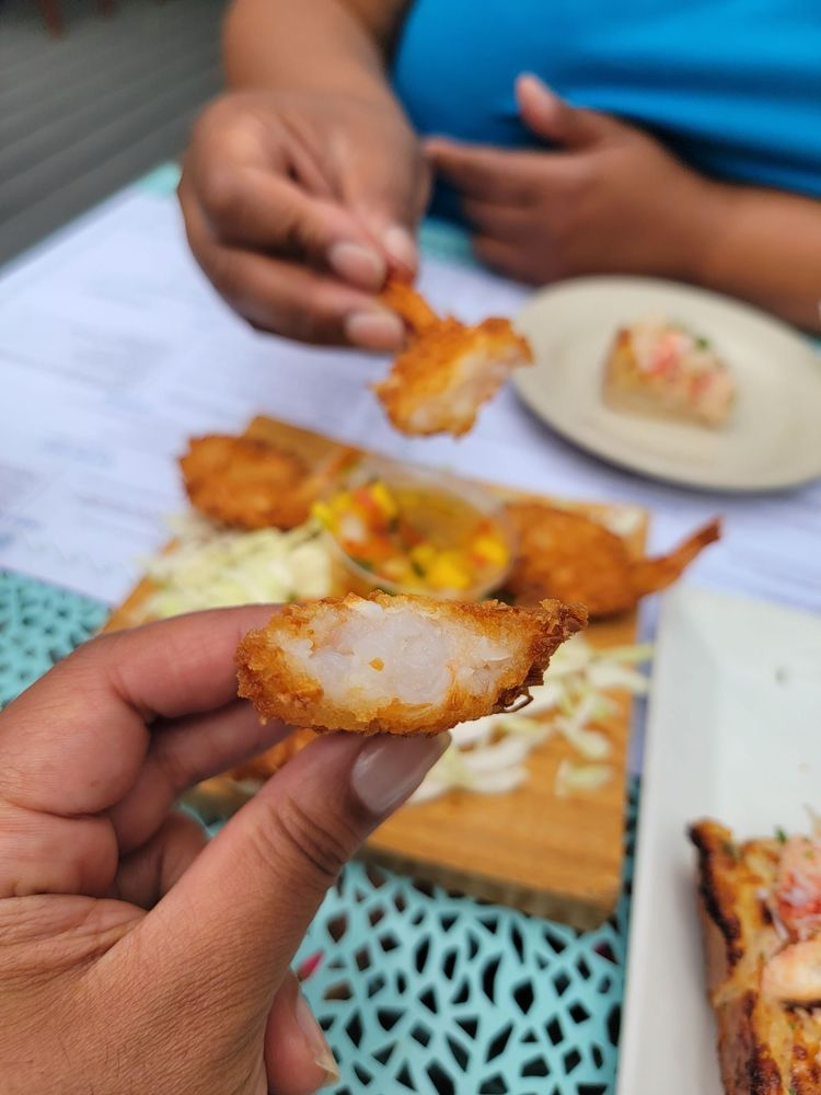 Flying Fish & Grill