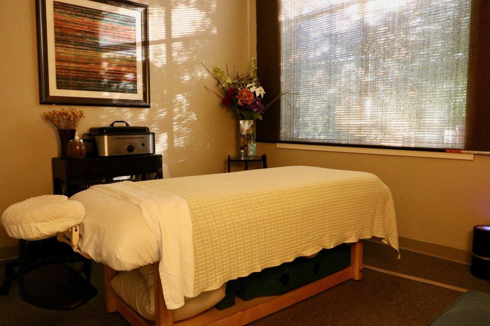 Hayes Therapeutic Massage and Bodywork: 44121 E Harry Byrd Hwy, Ashburn, VA
