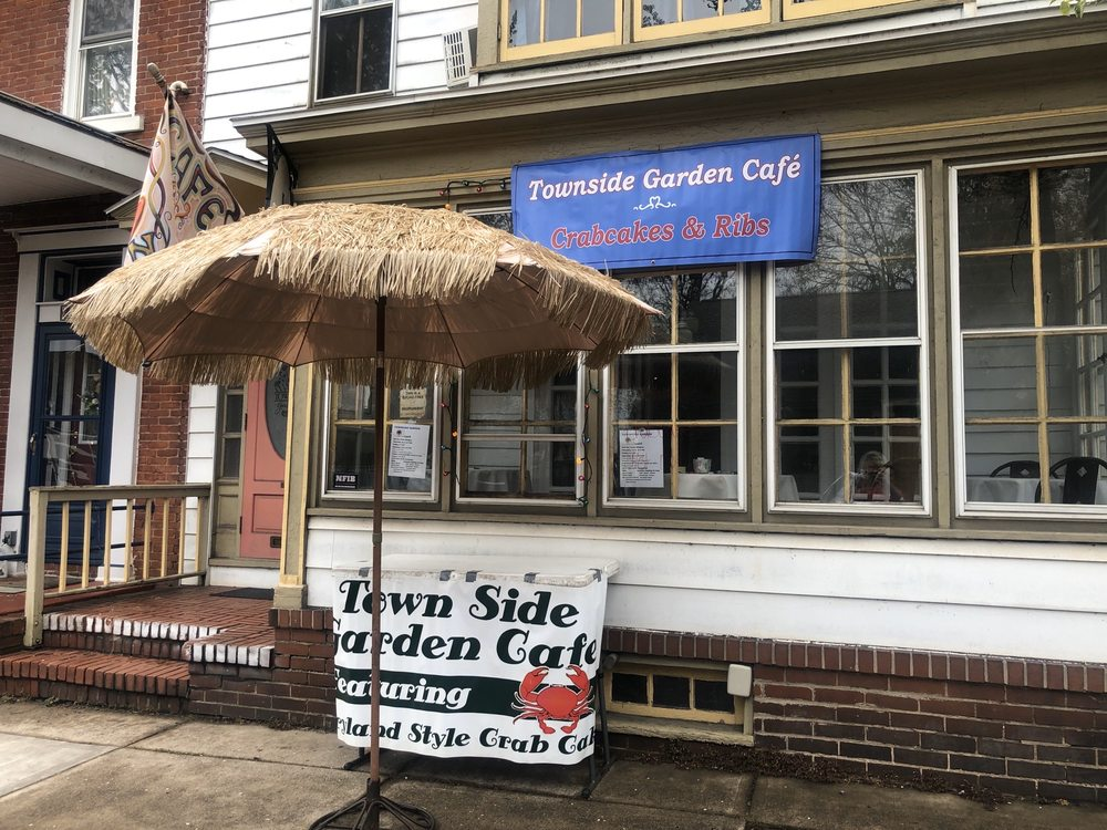 Townside Garden Cafe: 271 Front St, Northumberland, PA