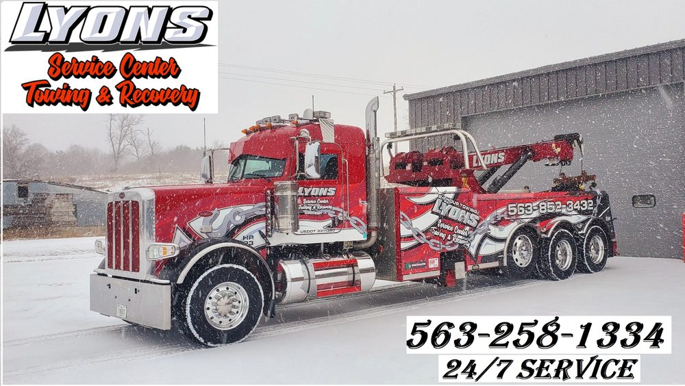 Lyons Service Center Towing & Recovery: 403 1st Ave W, Cascade, IA