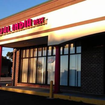 Photo Of Royal India Restaurant Milwaukee Wi United States Entrance To