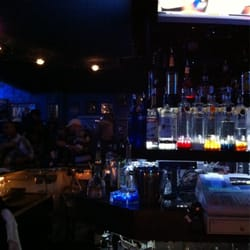 Blue Bar Closed 16 Pos 28 S Tail Bars 619 W