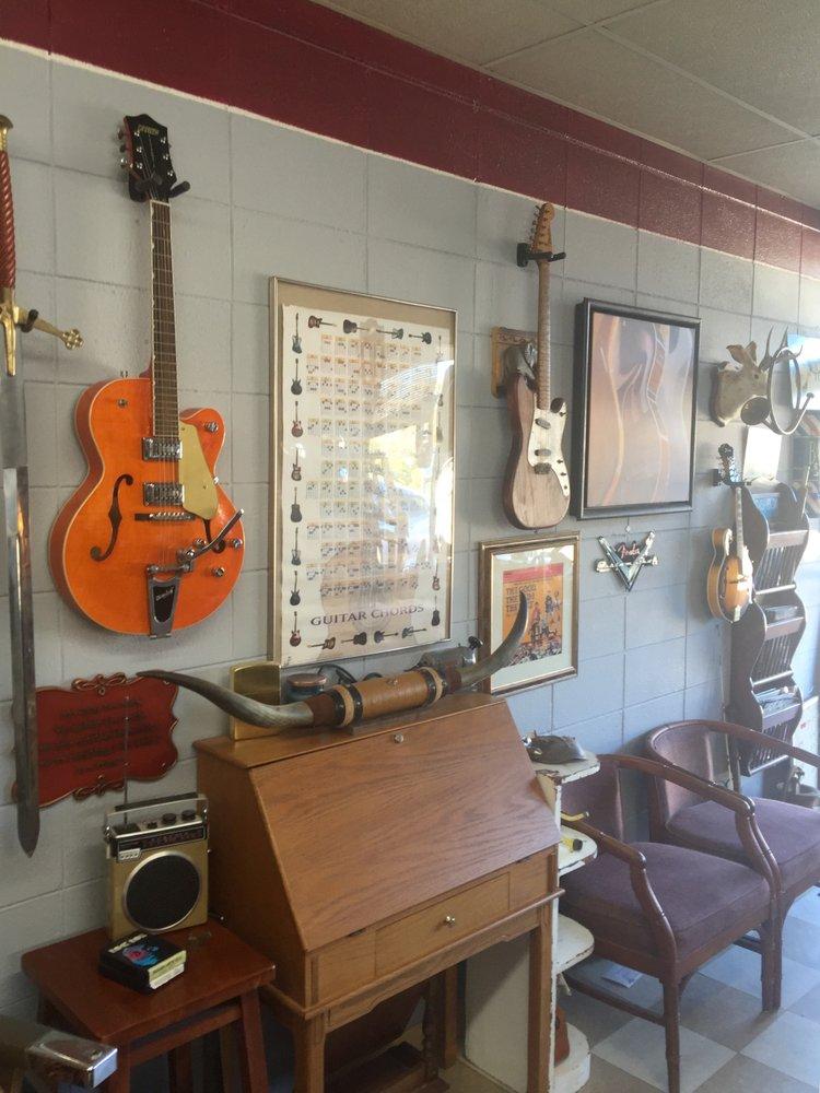 Cecil's Barber Shop: 6371 Three Notch Rd, Mobile, AL