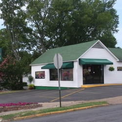 Johnson floral co florists 300 higdon ferry rd hot springs ar photo of johnson floral co hot springs ar united states johnson floral mightylinksfo