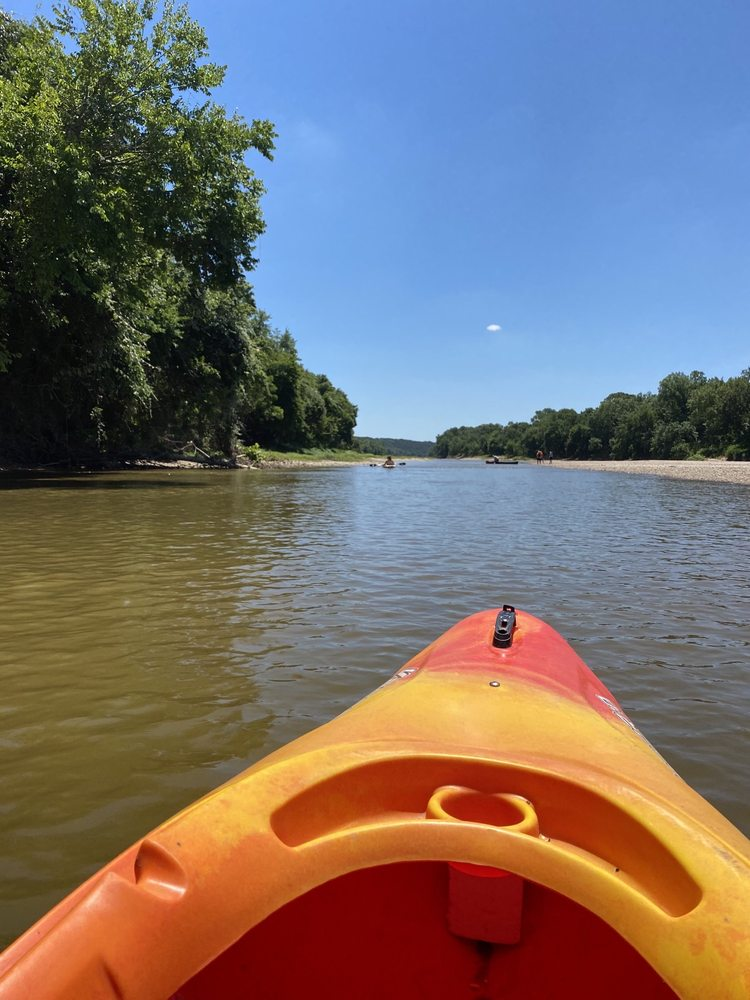 Brazos River Sports: 1142 County Rd 315, Rainbow, TX