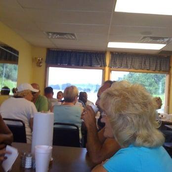 Photo Of E Town River Restaurant Elizabethtown Il United States
