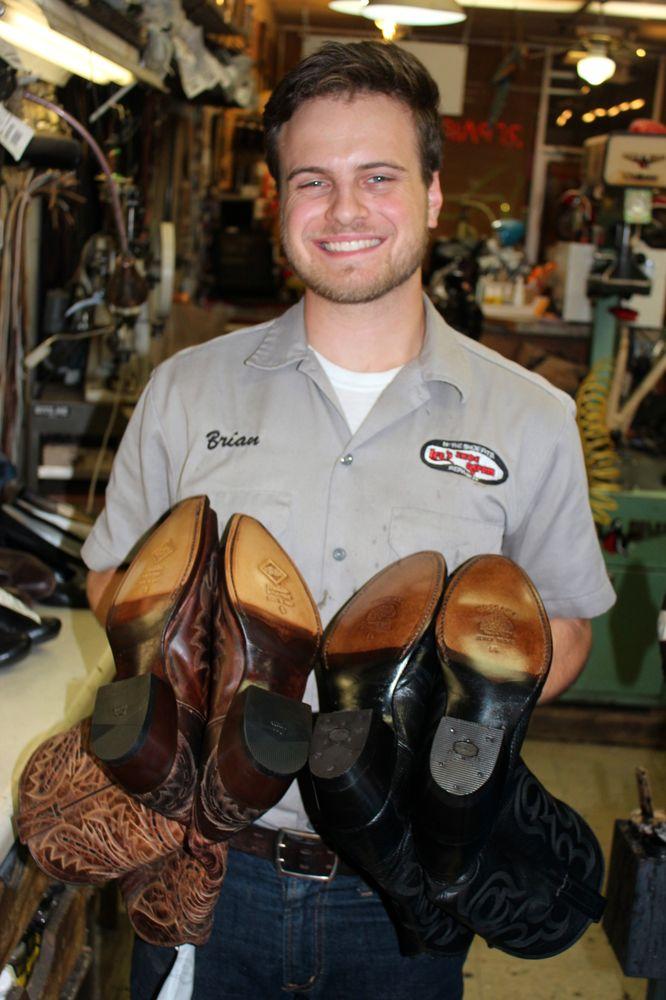 Ira's Rivergate Shoe Repair: 154 S Nova Rd, Ormond Beach, FL