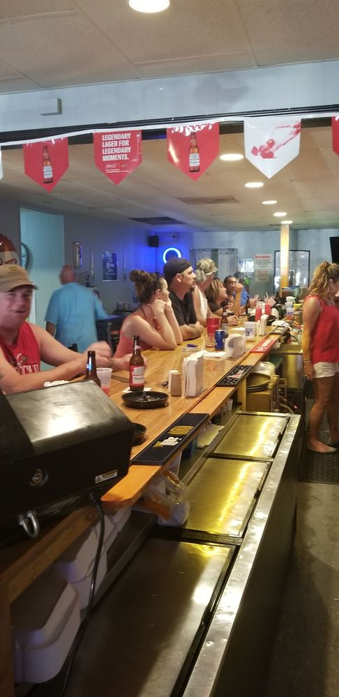Shooters Saloon: 213 Broadway St, Elsberry, MO
