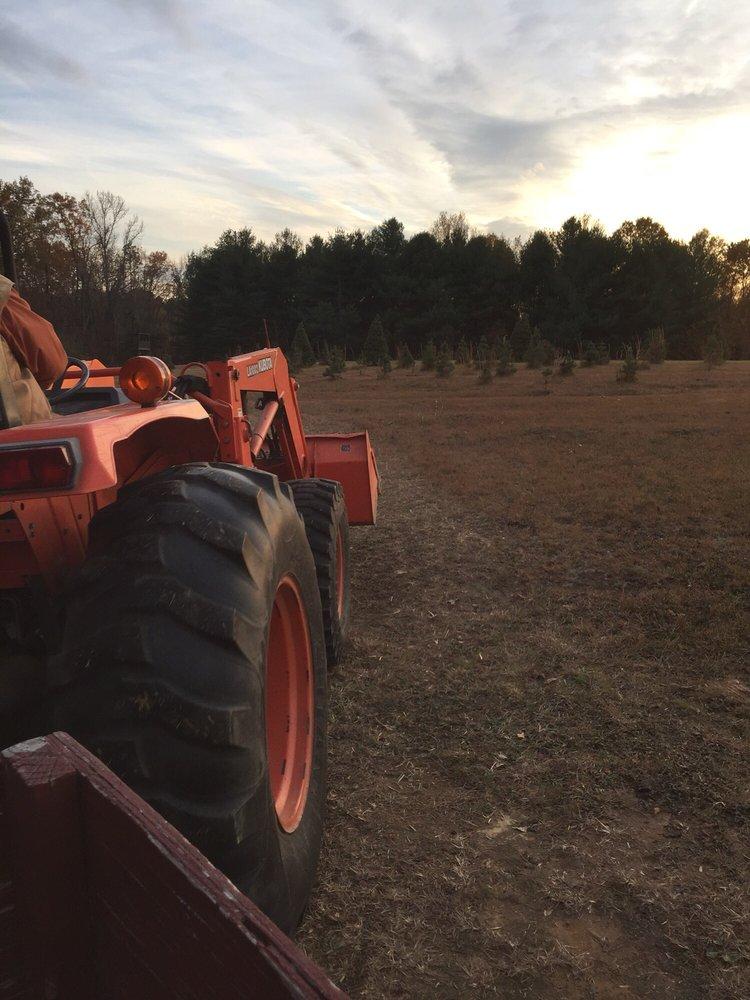 Windy Knoll Farms: 10094 Windy Knoll Dr, Mechanicsville, VA