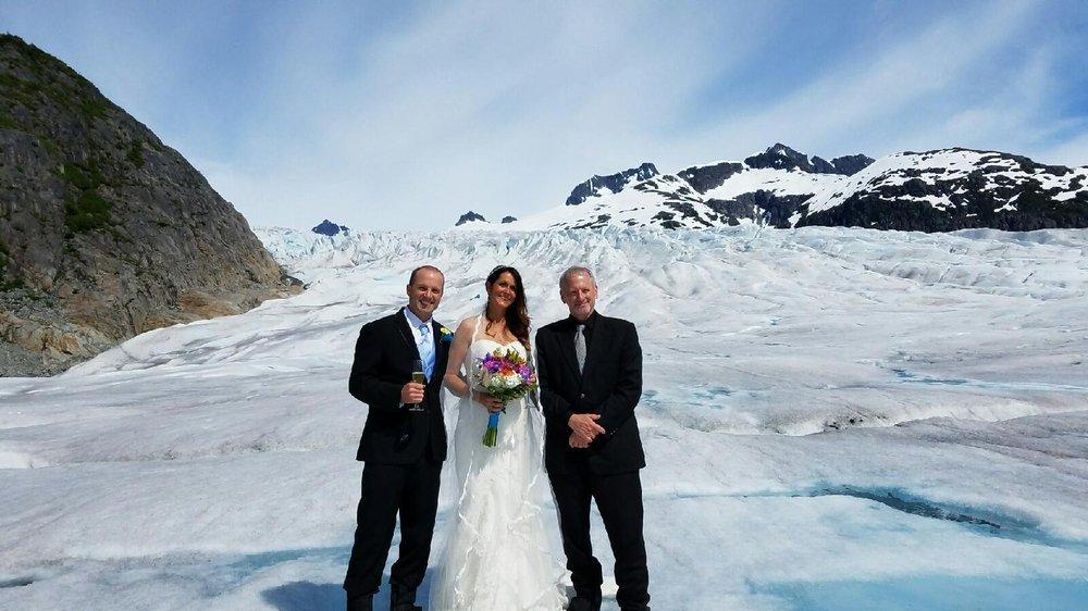 Alaska Weddings On Ice