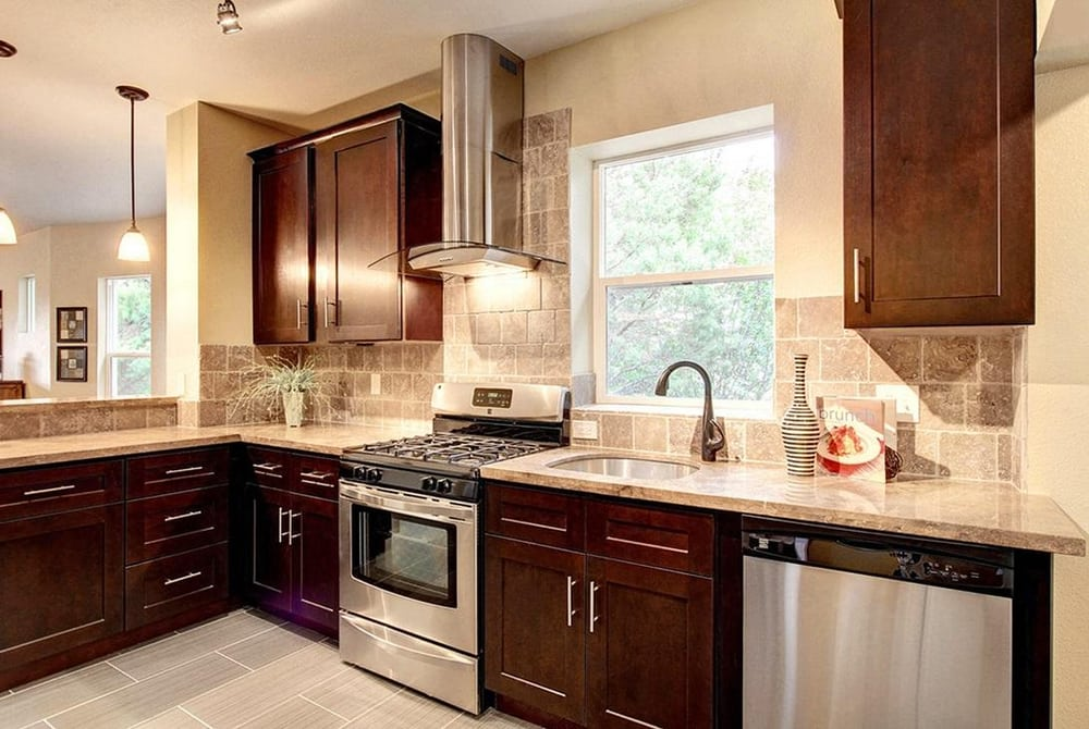 Pdx cabinets and granite 10 photos builders 5100 se - Kitchen cabinets portland or ...
