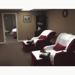 Photo Of Spa Thrive   Hudson, NH, United States. These Sofa Chairs Are