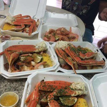 Local shrimp house and fresh market 18 reviews seafood for Fish market panama city beach