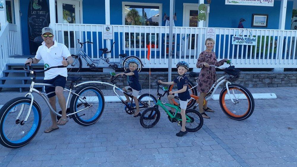 Lazy Turtle Beach Rentals: 314 Pine Ave, Anna Maria, FL