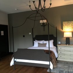 Photo Of Hotel Domestique Travelers Rest Sc United States Comfortable Bed