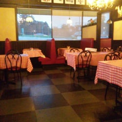 Photo Of Gino S East Libertyville Il United States A Quiet