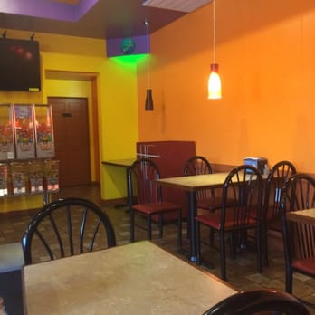 Don luna mexican restaurant mexican 1012 w main st for Ambiance cuisine nice