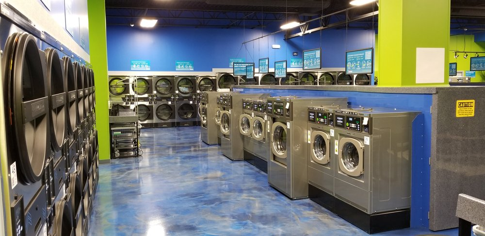 Pepper's Express Laundry Center: 443 Town Center Rd, Mooresville, IN