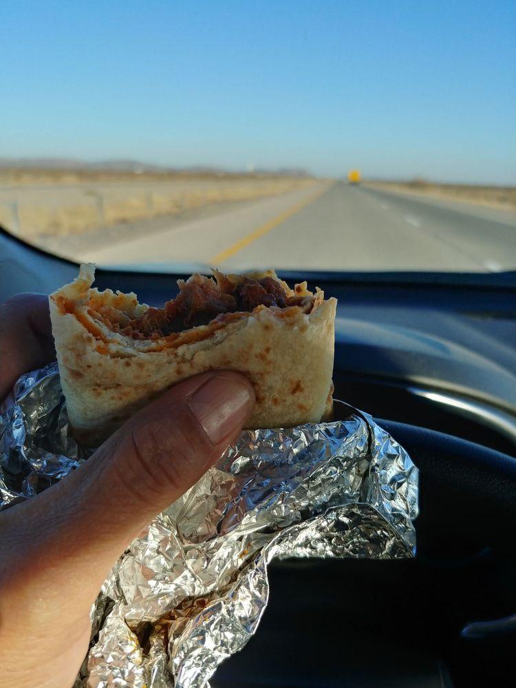 Burritos Mendoza: 916 Franklin St, Anthony, TX