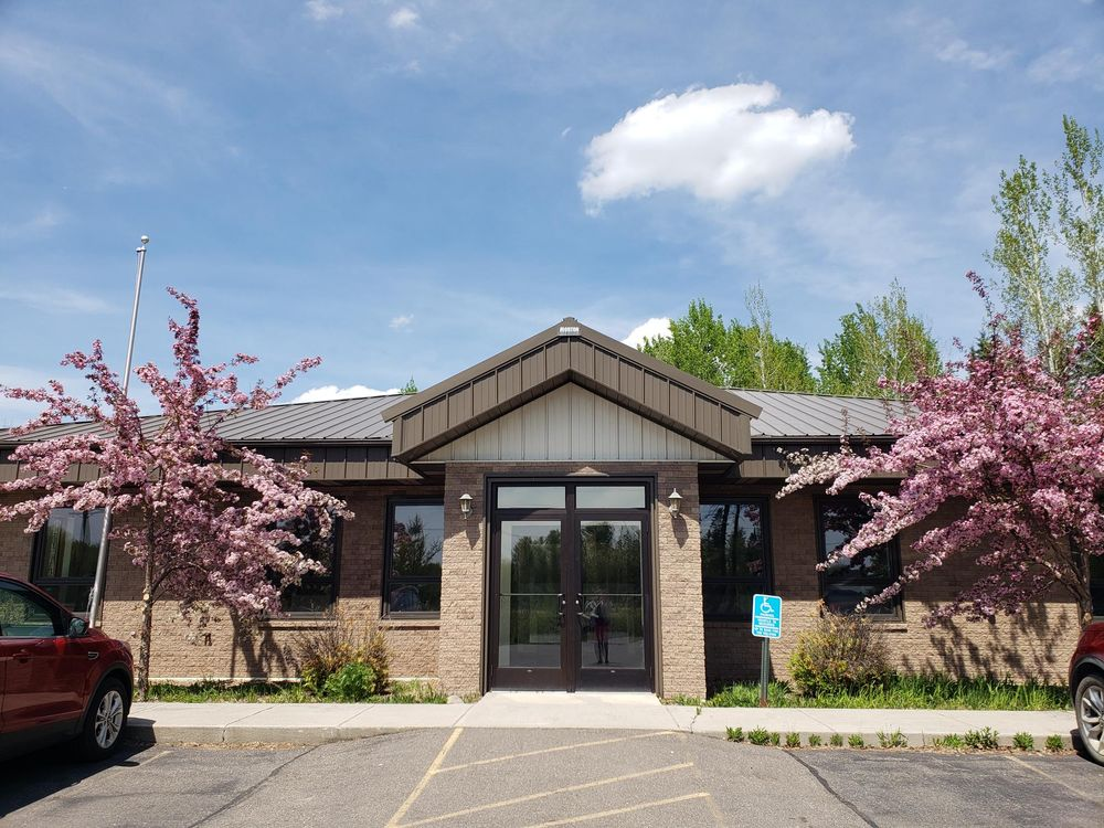 Disability Specialists: 1907 Wood Rd, Cook, MN