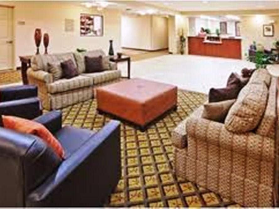 Candlewood Suites Logan: 743 Stratton St, Logan, WV